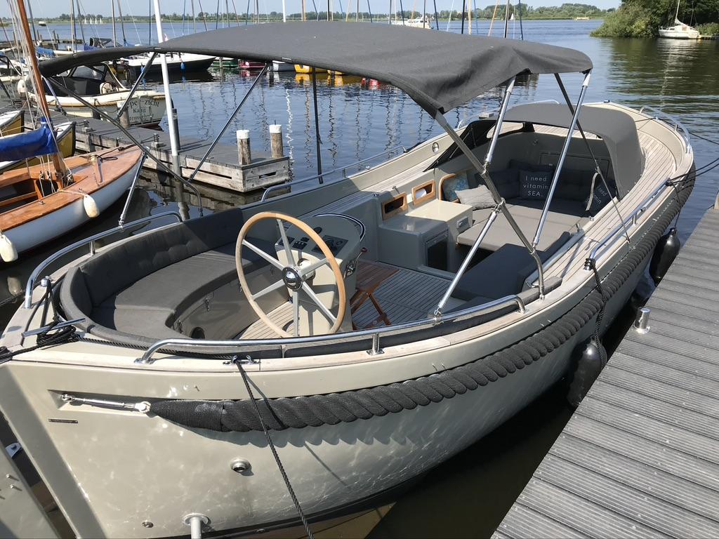 Seafury 900 soft top Cabin sloep